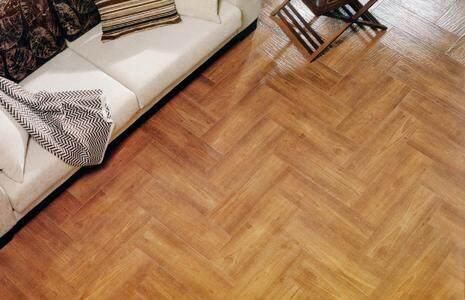 卧室地板 究竟木地板还是瓷砖好
