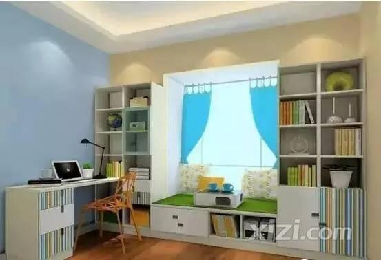 衣柜、床头柜、书架、书桌一体设 将异形空间巧妙利用.   ▲儿童房