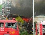 东平小学旁工地宿舍着火,消防紧急扑灭大火