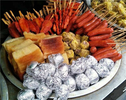 我在惠州步行街,感觉每天都是美食节!