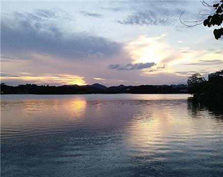 夕阳无限好,西湖的黄昏更是如此,我爱你惠州
