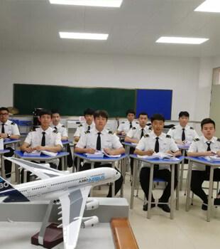 惠州光正第二屆航空特色班開始報名啦!