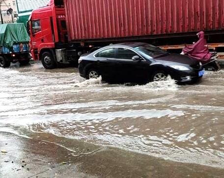好无语,仲恺区沥林镇泮沥路口又被淹了
