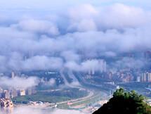 云雾萦绕真好看!爬上寨场山看见梦幻惠东