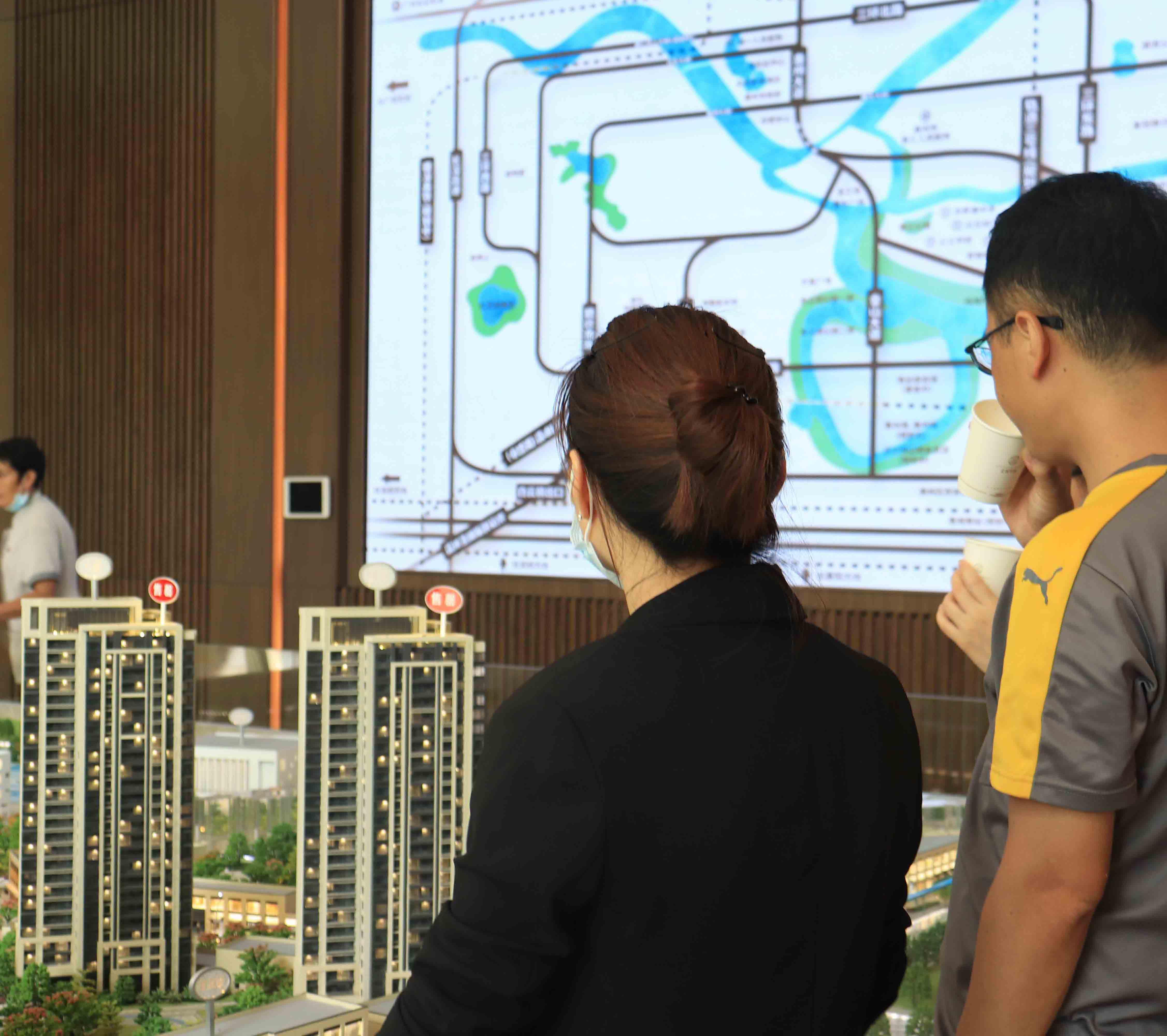 """惠州上周卖了4830套房现""""品牌成交热"""""""