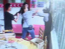 惠东6岁小孩校园起争执两家大人大打出手