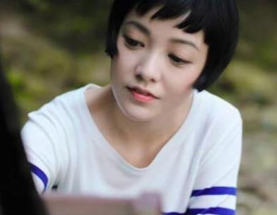 郭采洁在惠州发视频,还与网友互动!
