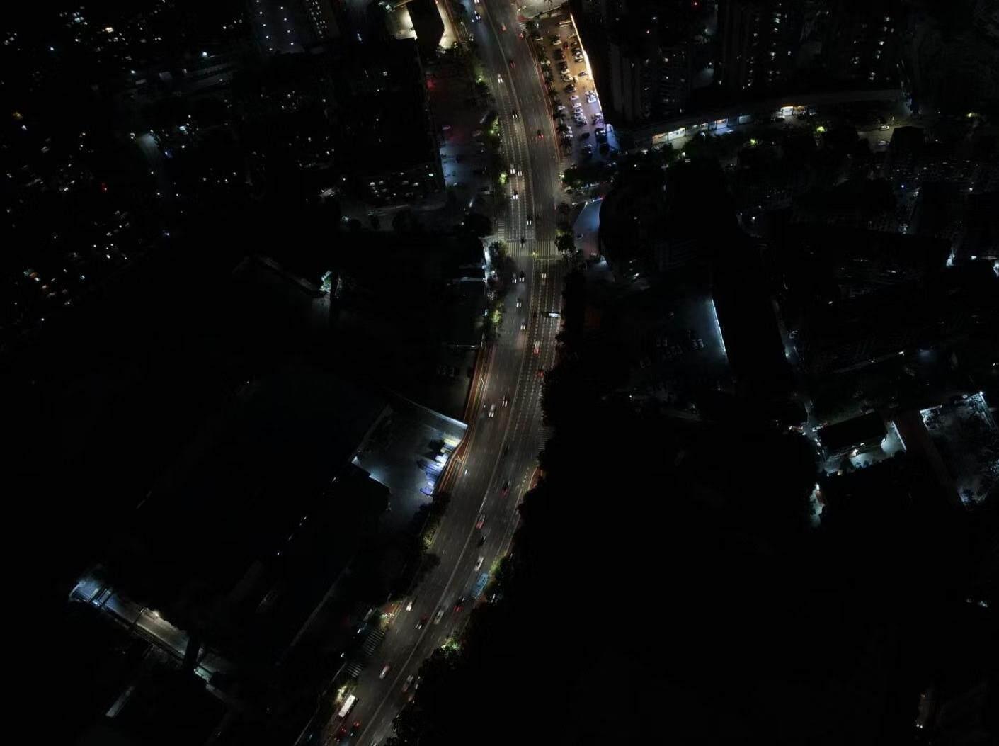 惠城上排多个小区突然停电,现场一片漆黑