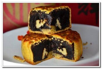传统中秋味!深入月饼饼家,见证传统月饼的诞生!